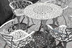 Plenerowy meble wliczając stołu i krzeseł Fotografia Stock