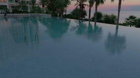 Plenerowy pływacki basen w hotelu zbiory