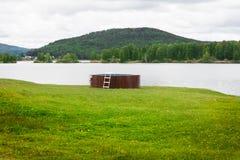 Plenerowy pływacki basen w naturze Zdjęcie Stock