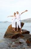 Romantyczna para przy plażą Zdjęcia Stock