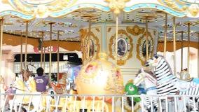 Plenerowy rocznika latającego konia carousel w Asiantique zdjęcie wideo