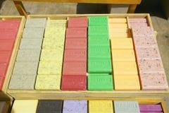 Plenerowy rynek, mydło dla sprzedaży w Aix en Provence, Francja Zdjęcie Royalty Free
