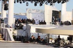 Plenerowy telewizyjny studio podczas Cannes ekranowego festiwalu 2013 Fotografia Stock