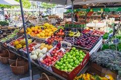 Plenerowy uliczny rynek w Kopenhaga, Dani obrazy stock