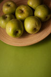 Plenty of green delicious apples Royalty Free Stock Images