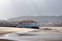 plentzia海滩看法  库存照片