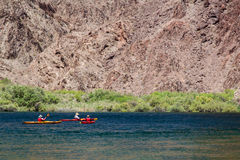 Pleople are kayaking in Lake Mead, Arizona Royalty Free Stock Photography