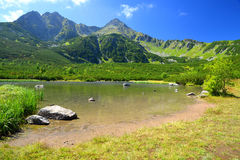 Pleso Biele λιμνών βουνών στο εθνικό πάρκο υψηλό Tatra Στοκ φωτογραφία με δικαίωμα ελεύθερης χρήσης