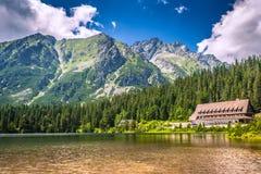Pleso Popradske - λίμνη βουνών που βρίσκεται στο υψηλό Tatras Στοκ εικόνες με δικαίωμα ελεύθερης χρήσης