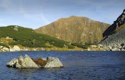 Pleso Rohacske Horne στα βουνά δυτικού Tatra Στοκ εικόνα με δικαίωμα ελεύθερης χρήσης