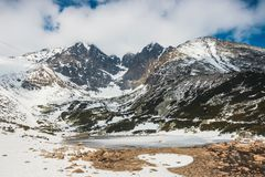 Pleso Skalnate, λίμνη στα βουνά Tatra το χειμώνα Στοκ Φωτογραφίες