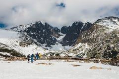Pleso Skalnate, λίμνη στα υψηλά βουνά Tatras το χειμώνα, Σλοβακία Στοκ Εικόνες