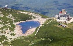 Pleso Skalnate - Tarn σε υψηλό Tatras, Σλοβακία Στοκ εικόνα με δικαίωμα ελεύθερης χρήσης