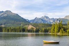 Pleso Strbske λιμνών βουνών, υψηλό Tatras, Σλοβακία Στοκ εικόνα με δικαίωμα ελεύθερης χρήσης