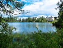Pleso Strbske λιμνών στα βουνά Tatras Στοκ φωτογραφίες με δικαίωμα ελεύθερης χρήσης