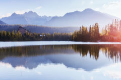 Pleso Strbske λιμνών στο υψηλό βουνό Tatras, Σλοβακία Ευρώπη Στοκ φωτογραφίες με δικαίωμα ελεύθερης χρήσης