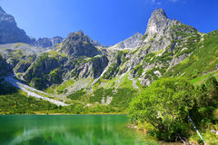 Pleso Zelene λιμνών βουνών στο εθνικό πάρκο υψηλό Tatra Στοκ εικόνες με δικαίωμα ελεύθερης χρήσης