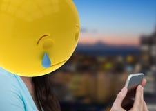 pleurer avec le message Emoji font face Photos libres de droits