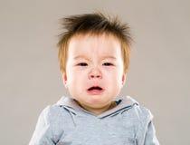 Pleurer de bébé garçon photos libres de droits