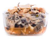 Pleurotus marinato dei funghi di ostrica con le spezie fotografie stock