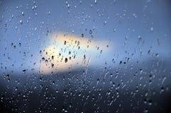 Pleuvoir la baisse Images stock