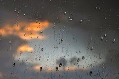Pleuvoir la baisse Photo stock