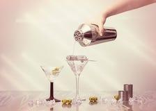 Pleuvoir à torrents un martini Photos libres de droits