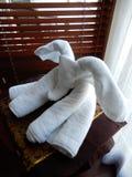 Pliage artistique de serviette images stock