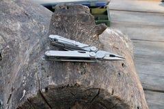 Plier στο ξύλο Στοκ Φωτογραφία