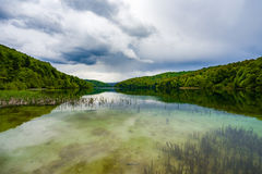 Plitivice lake with storm clouds approaching Royalty Free Stock Photos
