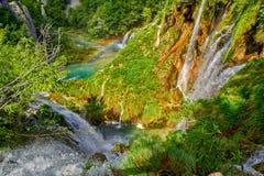 Plitvice与彩虹的湖瀑布 库存图片