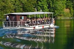 PLITVICE ΛΙΜΝΕΣ, ΚΡΟΑΤΙΑ - 5 ΣΕΠΤΕΜΒΡΊΟΥ 2017: Οι λίμνες Plitvice Στοκ Εικόνες