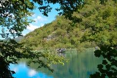 PLITVICE ΛΙΜΝΕΣ, ΚΡΟΑΤΙΑ - 5 ΣΕΠΤΕΜΒΡΊΟΥ 2017: Οι λίμνες Plitvice Στοκ Φωτογραφία
