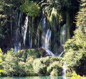 Plitvice jezior park narodowy - jeden siklawy Chorwacja obraz stock
