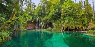 Plitvice lakes i Kroatien arkivbilder