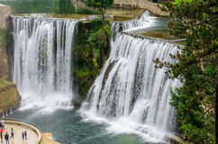Pliva瀑布在亚伊采 免版税库存图片