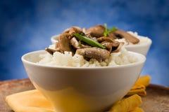 plocka svamp risotto Fotografering för Bildbyråer