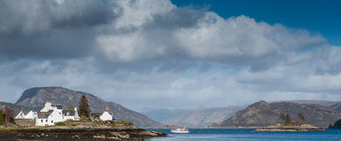 Plockton και λίμνη Carron, Σκωτία Στοκ φωτογραφία με δικαίωμα ελεύθερης χρήσης
