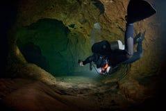 Plongée de caverne Photographie stock libre de droits