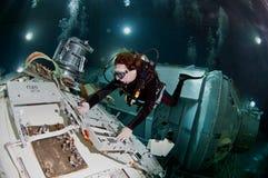 Plongeur autonome de l'espace Image libre de droits