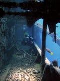 Plongeur chez Thistlegorm Image libre de droits