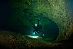 Plongeur de caverne Photographie stock