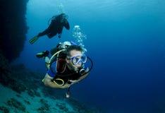 Plongeurs autonomes Images libres de droits