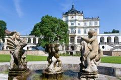 Ploskovice slott nära Litomerice, Bohemia, Tjeckien, Europa Royaltyfri Foto