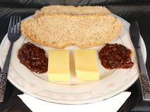 Ploughmans lunch. A traditional ploughmans lunch consists of home made bread cheese and pickle Royalty Free Stock Photos