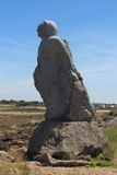 PLOUGUERNEAU,法国- 7月06:在海岸的雕象在Plouguerneau, 2016年7月06日 库存照片