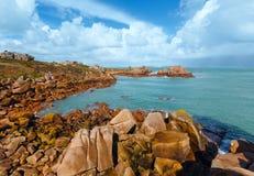 Ploumanach wybrzeża wiosny widok Brittany, Francja (,) Zdjęcia Royalty Free