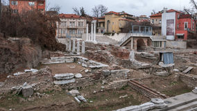 PLOVDIV, ΒΟΥΛΓΑΡΙΑ - 30 ΔΕΚΕΜΒΡΊΟΥ 2016: Καταστροφές ρωμαϊκού Odeon στην πόλη Plovdiv Στοκ Φωτογραφίες