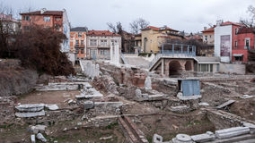 PLOVDIV, ΒΟΥΛΓΑΡΙΑ - 30 ΔΕΚΕΜΒΡΊΟΥ 2016: Καταστροφές ρωμαϊκού Odeon στην πόλη Plovdiv Στοκ Εικόνες