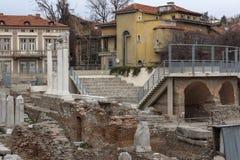 PLOVDIV, ΒΟΥΛΓΑΡΙΑ - 30 ΔΕΚΕΜΒΡΊΟΥ 2016: Πανόραμα των καταστροφών ρωμαϊκού Odeon στην πόλη Plovdiv Στοκ φωτογραφίες με δικαίωμα ελεύθερης χρήσης